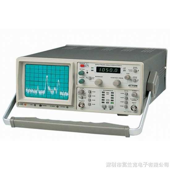 AT5011A频谱分析仪可测频率范围0.15 MHz ~1050MHz;中心频率设定具有粗调和细调,加上100kHz/格~100MHz/格的扫频宽度选择而组成的频域测量仪器。中心频率显示窗口是一个4位半LED显示,可选为中心频率读数或标记频率读数。本仪器适用于产品开发时的先期测试,在交第三方正式测试之前进行预认证评估,配合高频探头AZ530系列( 高阻抗探头AZ530-H;电场单极探头AZ530-E;磁场近场探 特点: ·频率范围:0.